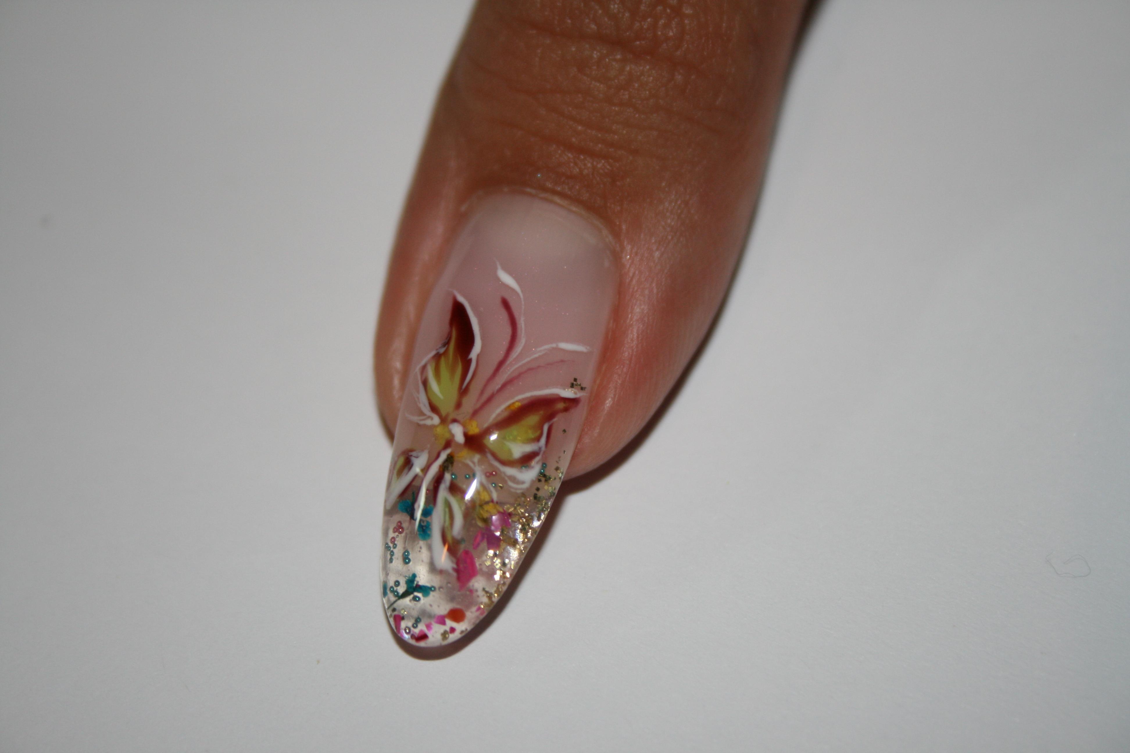 дизайн гелевых ногтей фото новинки ...: design.bigbo.ru/?p=2571